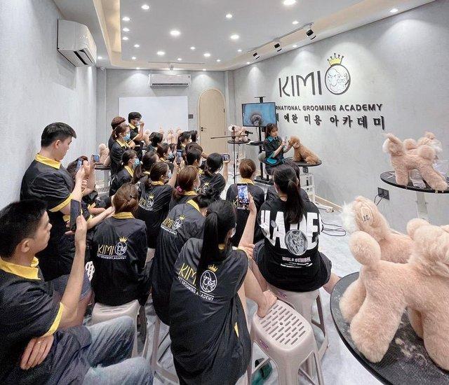 Hình ảnh khóa học cắt tỉa lông thú cưng tại Kimi Pet